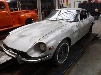 tweedehands Datsun 240Z -to restore silver