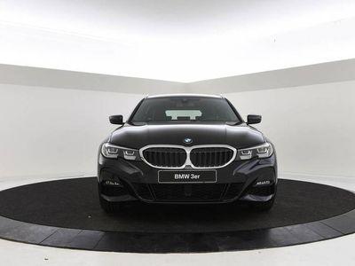 tweedehands BMW 330 3 Serie Touring i High Executive   M-SPORT   SPORTONDERSTEL   HEAD-UP DISPLAY   LED KOPLAMPEN  