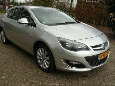 tweedehands Opel Astra 1.4 TURBO 140PK S/S COSMO