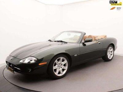 tweedehands Jaguar XK8 4.0 V8 Convertible* Racing Green *
