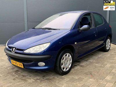 tweedehands Peugeot 206 1.4-16V Gentry 5 Deurs,Airco,93.000 km Nap!!