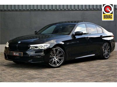 tweedehands BMW 530 5 Serie i High Executive Edition M-Sport Schuifdak/360camera/Harman-Kardon/ACC/Keyless/DigiCockpit