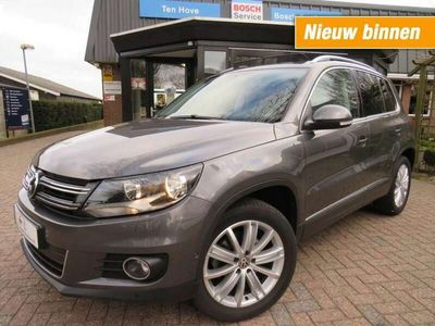 tweedehands VW Tiguan 2.0 TDI LIFE navi trekhaak cruise control