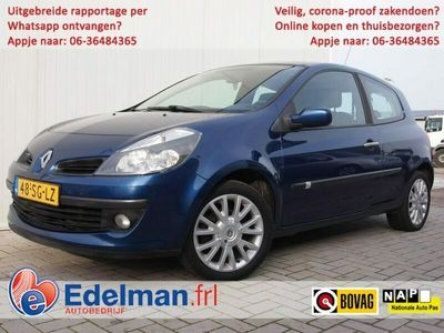 tweedehands Renault Clio 1.6-16V Dynamique Luxe