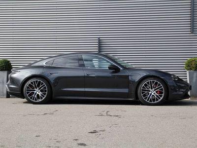 tweedehands Porsche Taycan 4S 435pk Automaat Panoramadak 360 camera Adaptive cruise control BOSE audio Sport Chrono pakket Matrix LED koplampen DAB Electric sport sound Performance-accu plus Stuurbekrachtiging plus Warmtepomp