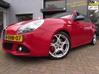 tweedehands Alfa Romeo Giulietta 1.6 JTDm Distinctive Leer Led Navigatie Bj2013