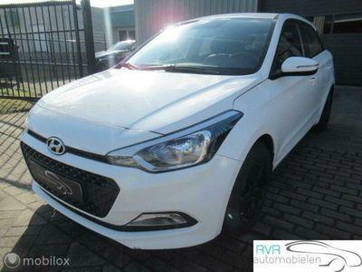 tweedehands Hyundai i20 1.2i 5 DEURS / AIRCO / STOEL-STUUR VERW.