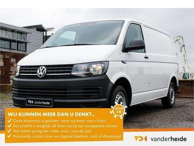 tweedehands VW Transporter 2.0 TDI L2H1 102PK Bijrijdersbank, Airco, alarm, b
