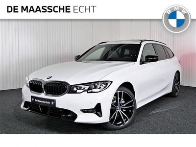 tweedehands BMW 318 3-SERIE Touring i Executive Model Sportline / Driving Assistant Professional / Parking assistant plus / Panoramadak