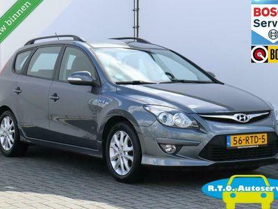 tweedehands Hyundai i30 CW 1.6i i-Motion NAVI NETTE AUTO !!