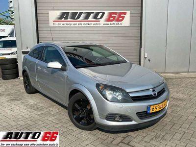 tweedehands Opel Astra GTC 1.9 CDTi Enjoy
