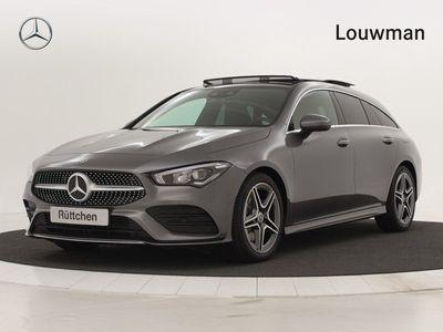 tweedehands Mercedes 200 CLA-Klasse Shooting BrakeAdvantage | AMG Line | Panorama-schuifdak | MBUX augmented reality voor navigatie | Connectiviteitspakket smartphone | Privacy glas, Digitale radio | Volledig digitaal instrumentcluster | Uw voordeel € 4.643 inc