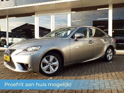 tweedehands Lexus IS300 180 pk Hybrid | Navi | Bluetooth carkit en audio |