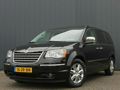 tweedehands Chrysler Grand Voyager VOYAGERTown & Country 4.0 V6 AUT. / STOW 'N GO / 7 PERS. / NAVI / LEDER / CAMERA