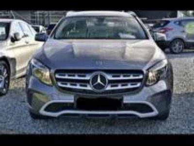 tweedehands Mercedes GLA180 Busines Solution + Panorama + Automaat