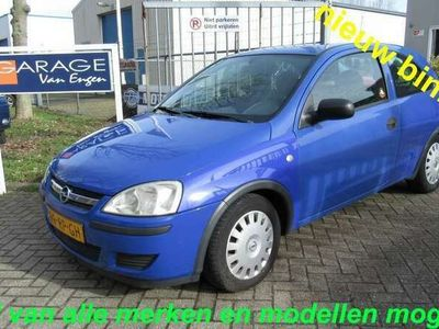 tweedehands Opel Corsa 1.0-12V Rhythm