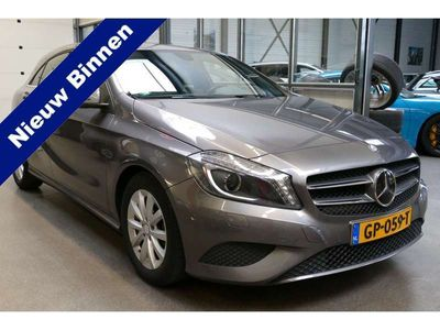 tweedehands Mercedes A180 123PK Ambition BJ2015 ORG NL Navi, Xenon, Led, PDC