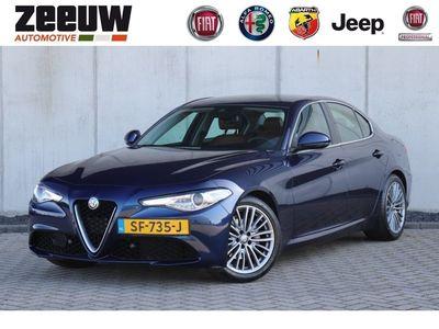 "tweedehands Alfa Romeo Giulia 2.0 Turbo 200 PK Super Navi/Xenon/Camera/Driver Pack/17"""