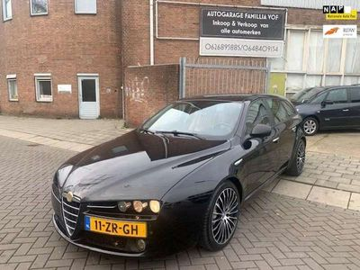 tweedehands Alfa Romeo 159 Sportwagon 2.4 JTD Q-Tronic Business Pro