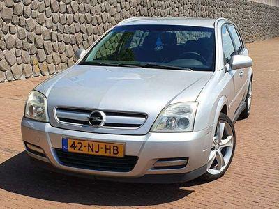 tweedehands Opel Signum 2.2-16V