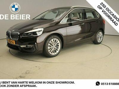 tweedehands BMW 218 2-SERIE Active Tourer I LED / Leder / HUD / Trekhaak / Sportstoelen / Chrome line / Stoelverwarming / DAB / Alu 17 inch