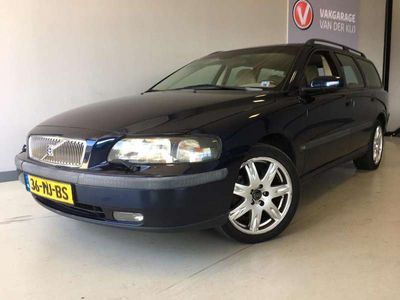 tweedehands Volvo V70 2.4 Comfort Line Airco, Cruise control, Pdc