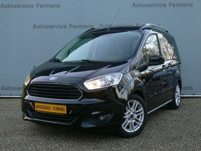 tweedehands Ford Tourneo Courier - 2015 - 59DKM - 5pers - Titanium