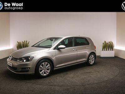 tweedehands VW Golf 1.0 TSI 115pk DSG Comfortline | Parkeersensoren V+A, Navigatie, Achteruitrijcamera |