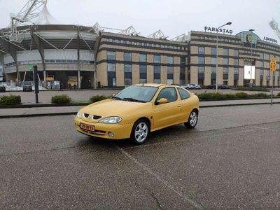 tweedehands Renault Mégane 2.0-16V Sport Way