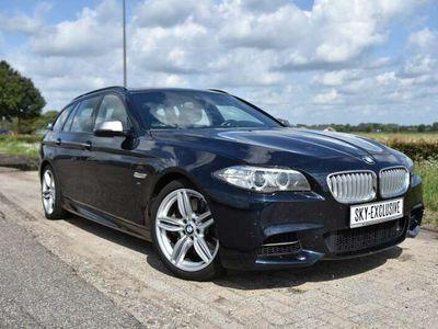 tweedehands BMW M550 550 D X drive, 381pk, donkerblauw met zwart leer!
