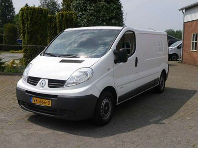 tweedehands Renault Trafic 2.0 dci L2H1 115PK Climate controle / Airco Cruise