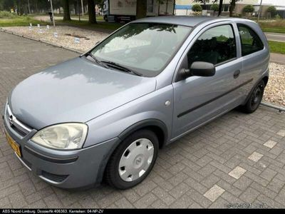 tweedehands Opel Corsa 1.0-12V Essentia