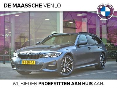 tweedehands BMW 318 3-SERIE Touring i High Executive / Model M Sport / Hoogglans Shadow Line / DAB / PDC Voor-Achter / 19''LM