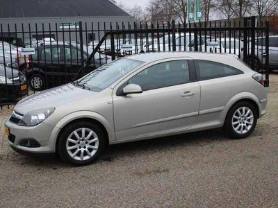 tweedehands Opel Astra GTC 1.6 Temptation, Airco!