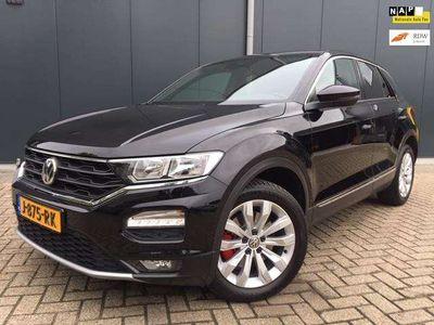 tweedehands VW T-Roc  1.5 TSI Sport, automaat, navi, cruise