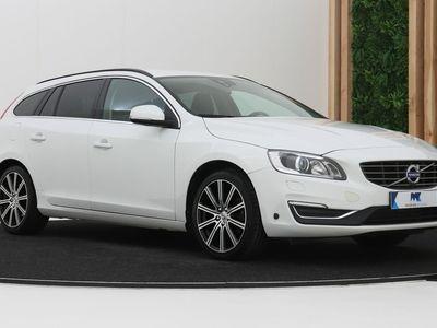 tweedehands Volvo V60 2.0 T5 Momentum Bi-Fuel | Automaat | Xenon | Trekhaak | 18 Inch | 23dkm!
