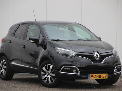 "tweedehands Renault Captur TCe 90pk Expression   Navi   16"" velgen   Airco   Cruise   Keyless   Trekhaak"
