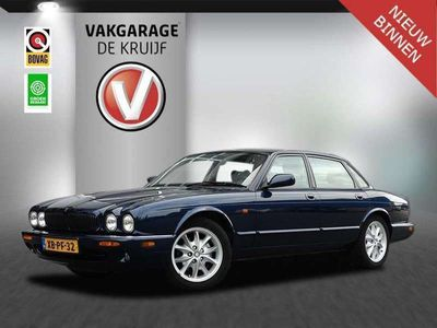 tweedehands Jaguar XJ 3.2 V8 Executive apk 10-03-2021