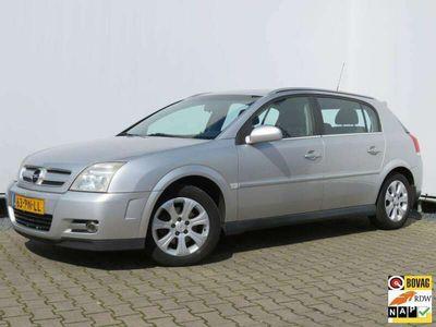tweedehands Opel Signum 2.2-16V DGi Elegance