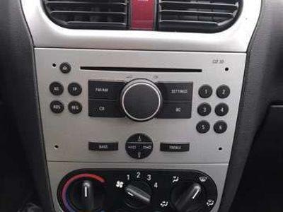 tweedehands Opel Corsa 1.4-16V Silverline
