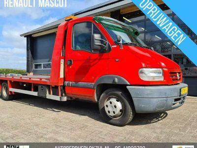 tweedehands Renault Master Trucks 140.35 463 Privilège