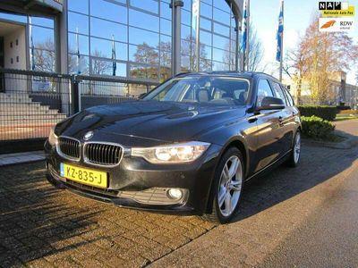 tweedehands BMW 320 320 Touring d High Executive,aut,panod.,navi,18 inc