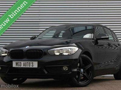 tweedehands BMW 118 118 i Sport /LED/18'' VELGEN/STOELVERW./CRUISE/BLUE