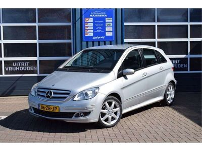tweedehands Mercedes B150 trekhaak cruis control