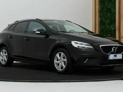 tweedehands Volvo V40 CC Cross Country 1.5 T3 | Automaat | Standkachel | LED | Stoelve