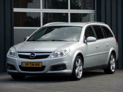 tweedehands Opel Vectra Wagon 2.2-16V Executive Automaat Leder, Climatecon