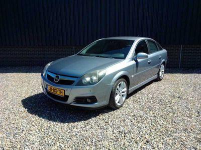 tweedehands Opel Vectra GTS 2.2-16V Executive