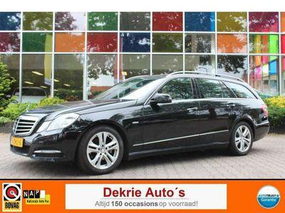 tweedehands Mercedes E220 Estate CDI Avantgarde *AUT.* / NAVI / LEDER - STOF