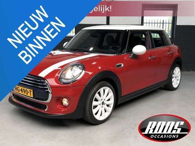 tweedehands Mini Cooper 1.5 Business Navi, Bluetooth, Clima, Velg 17 inch,