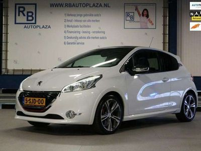 tweedehands Peugeot 208 1.6 THP GTi / 200 HP / WHITE EDITION / PANO ! ! !